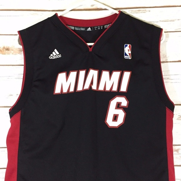 b96a15a03 adidas Other - Miami Heat Lebron James Youth Jersey Large